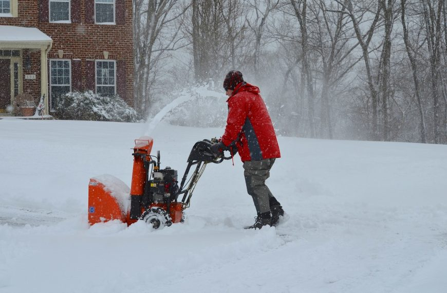 When Is The Best Time To Buy A Snow Blower?