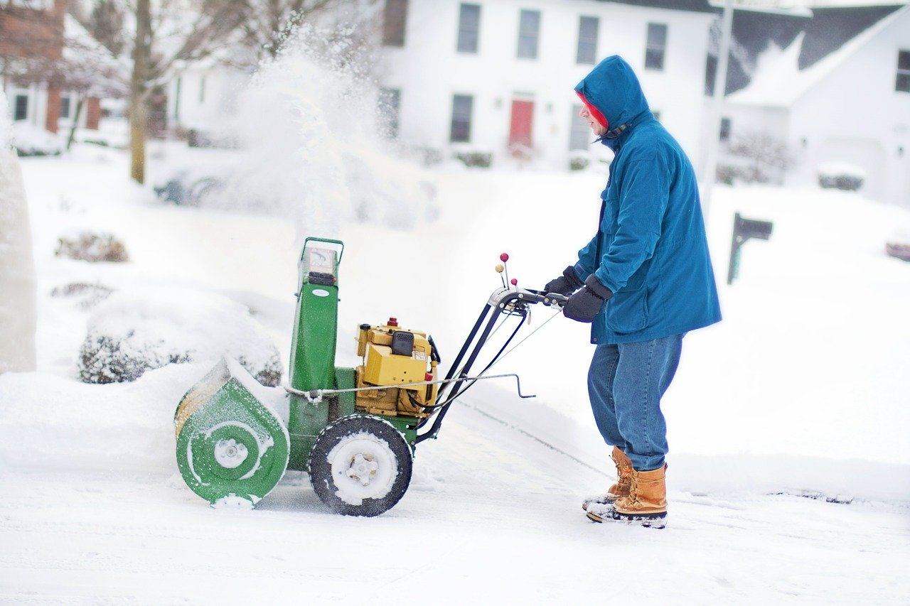 how much do snow blowers weigh
